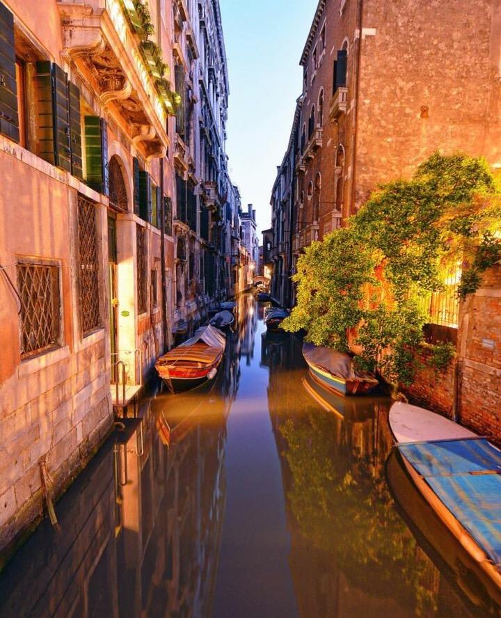 10 Amazing Places