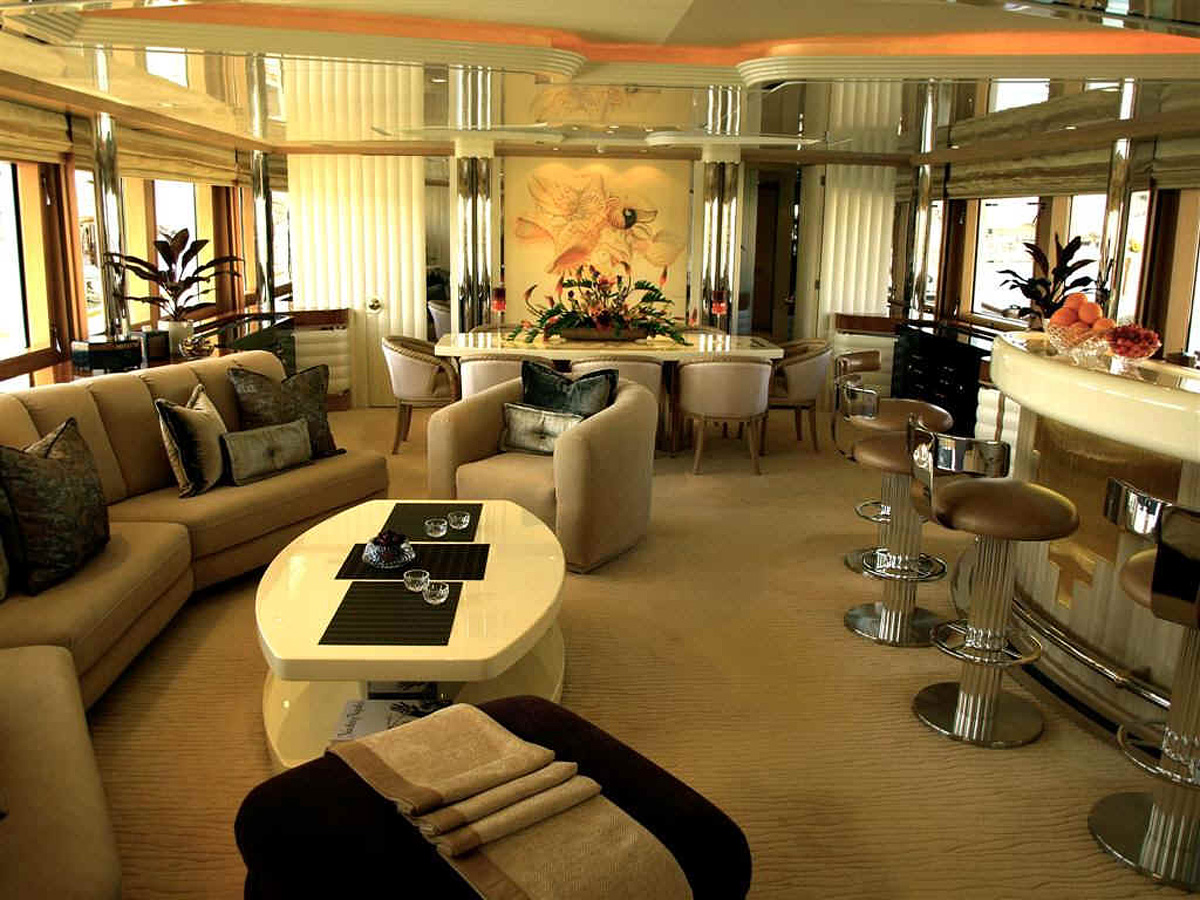 The World S Most Expensive Luxury Yachts Slaylebrity