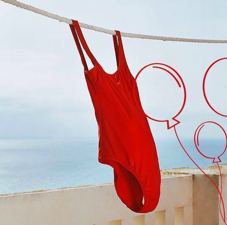 Classic beach babe red swimwear