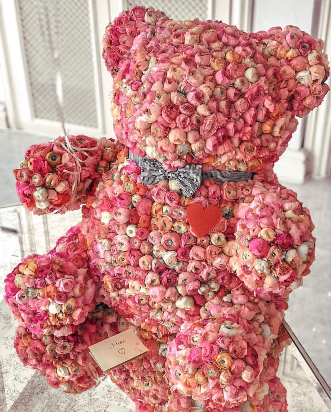 Teddy bear with pink roses - photo#50
