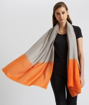 Design your own cashmere scarf