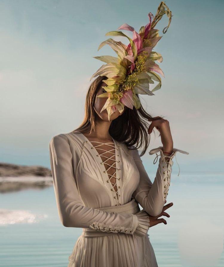 Grandiose Floral races hat