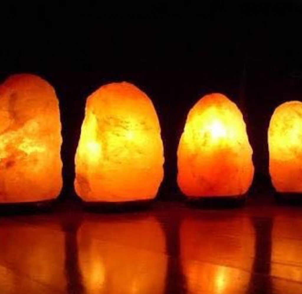 The Best Looking Himalayan Salt Lamp For Your Sleep And Health