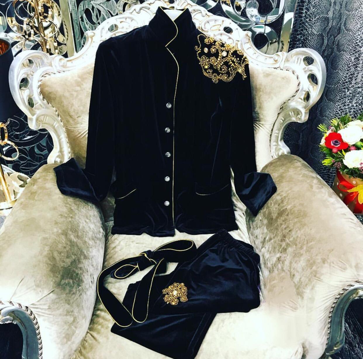 Black and gold luxury coordinates