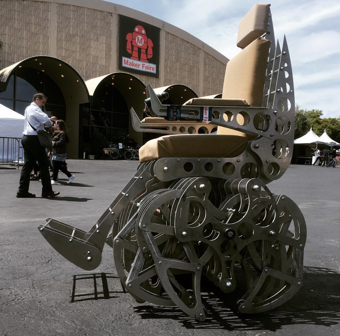 This Robotic, Spider-Legged Chair Looks Like It Crawled Out of the devil's Workshop.