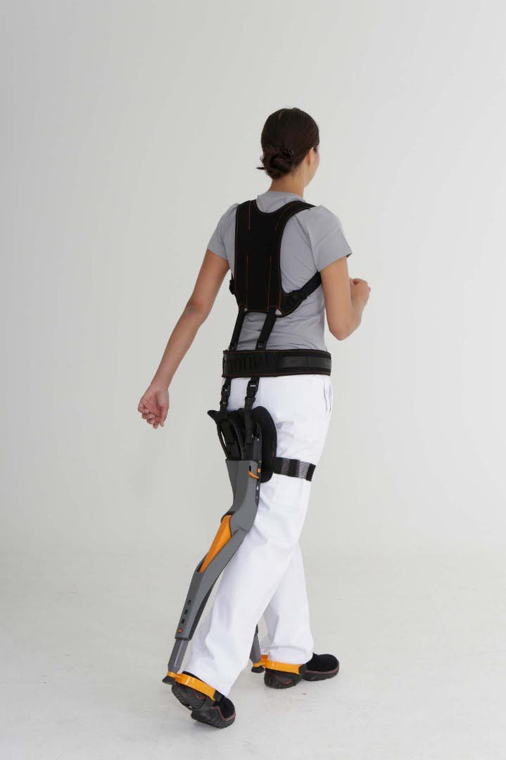 The wearable chair