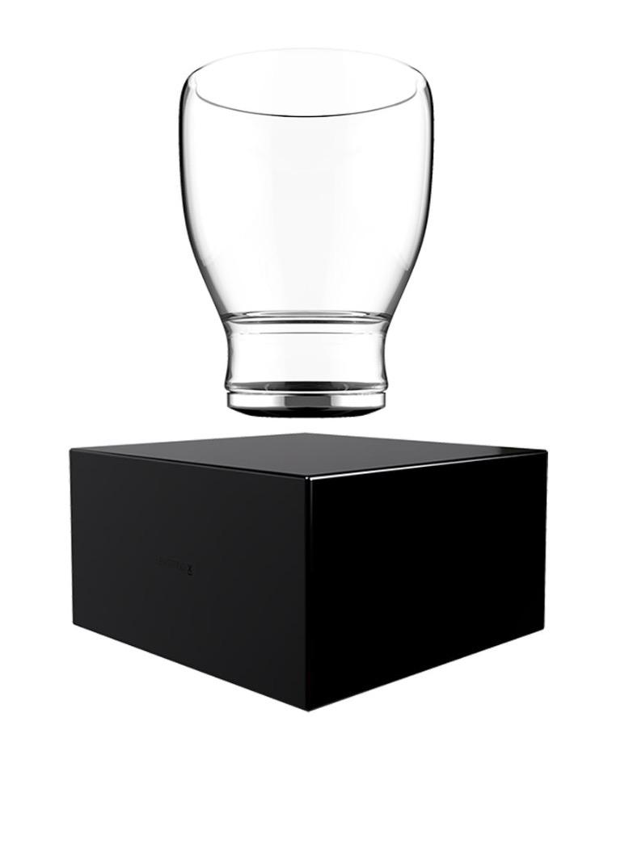 Levitating cup
