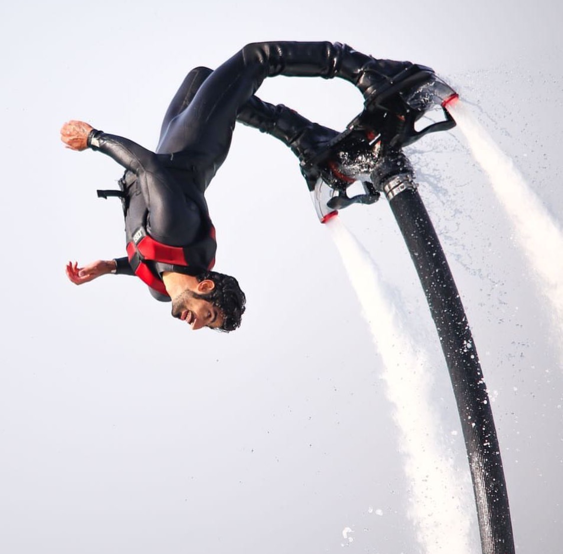 Fly boarding in Dubai