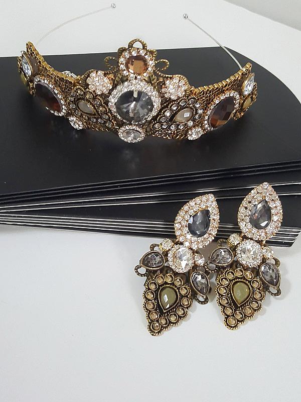 Bronze Crown jewellery set