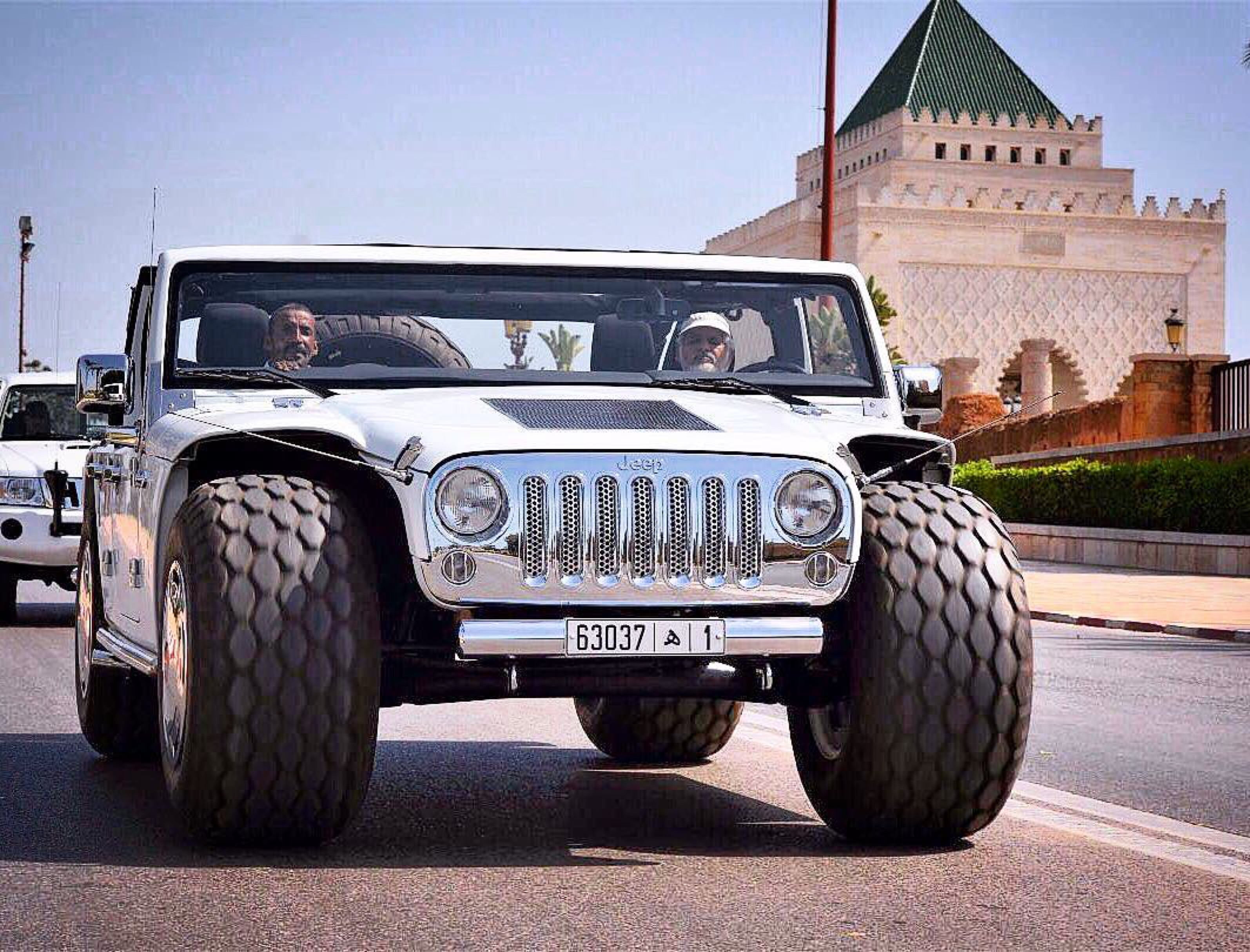 The Hummer HX Electric Car Is the Revival of the Hummer Brand