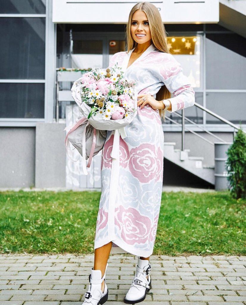 Luxury flowery cardigan