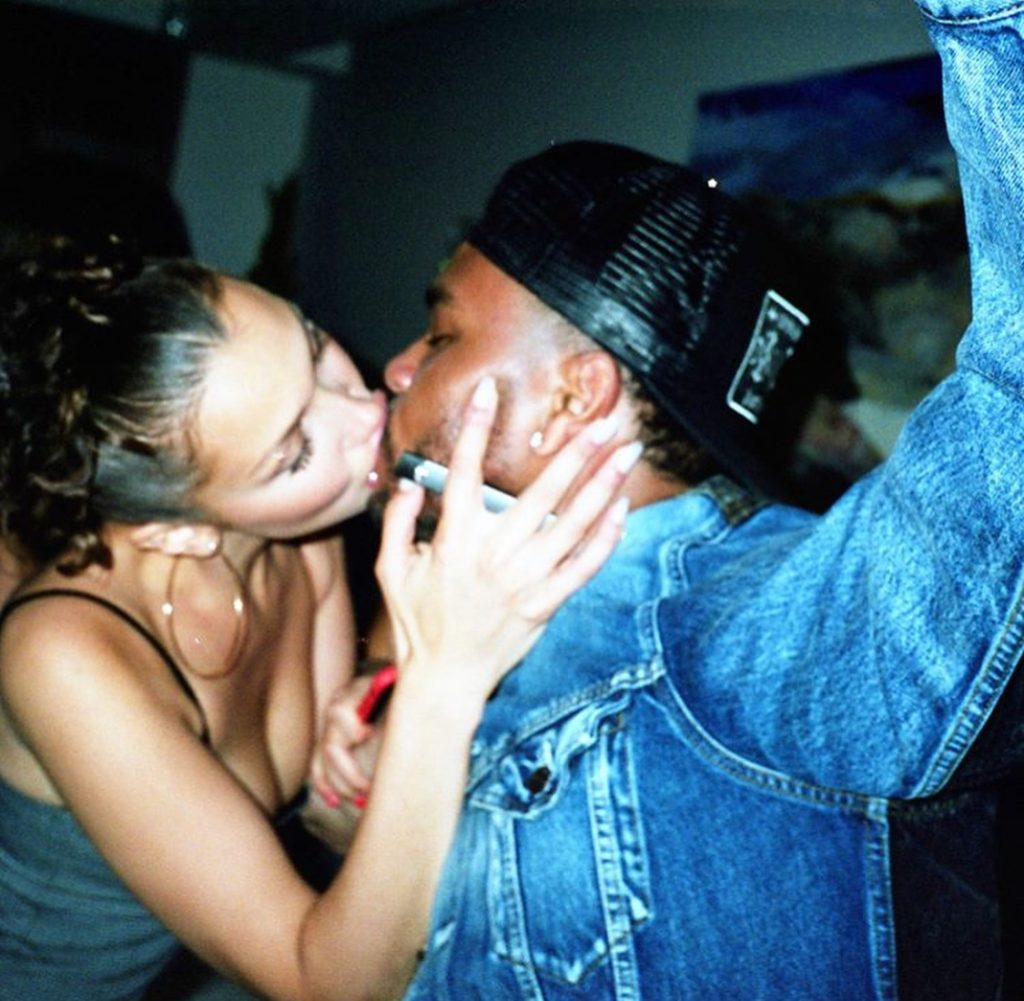 Bella Hadid showing major PDA with lover dumper and reigniter- the Weeknd