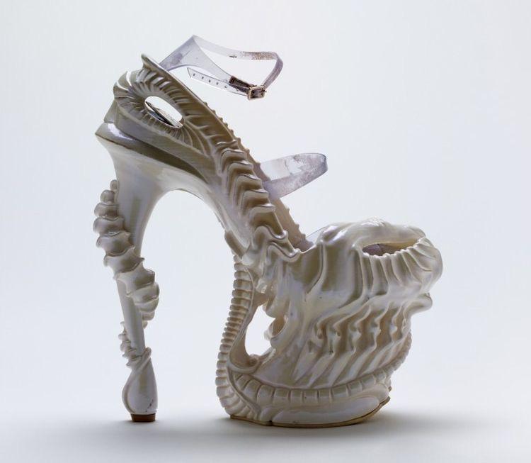 Skull women's shoes