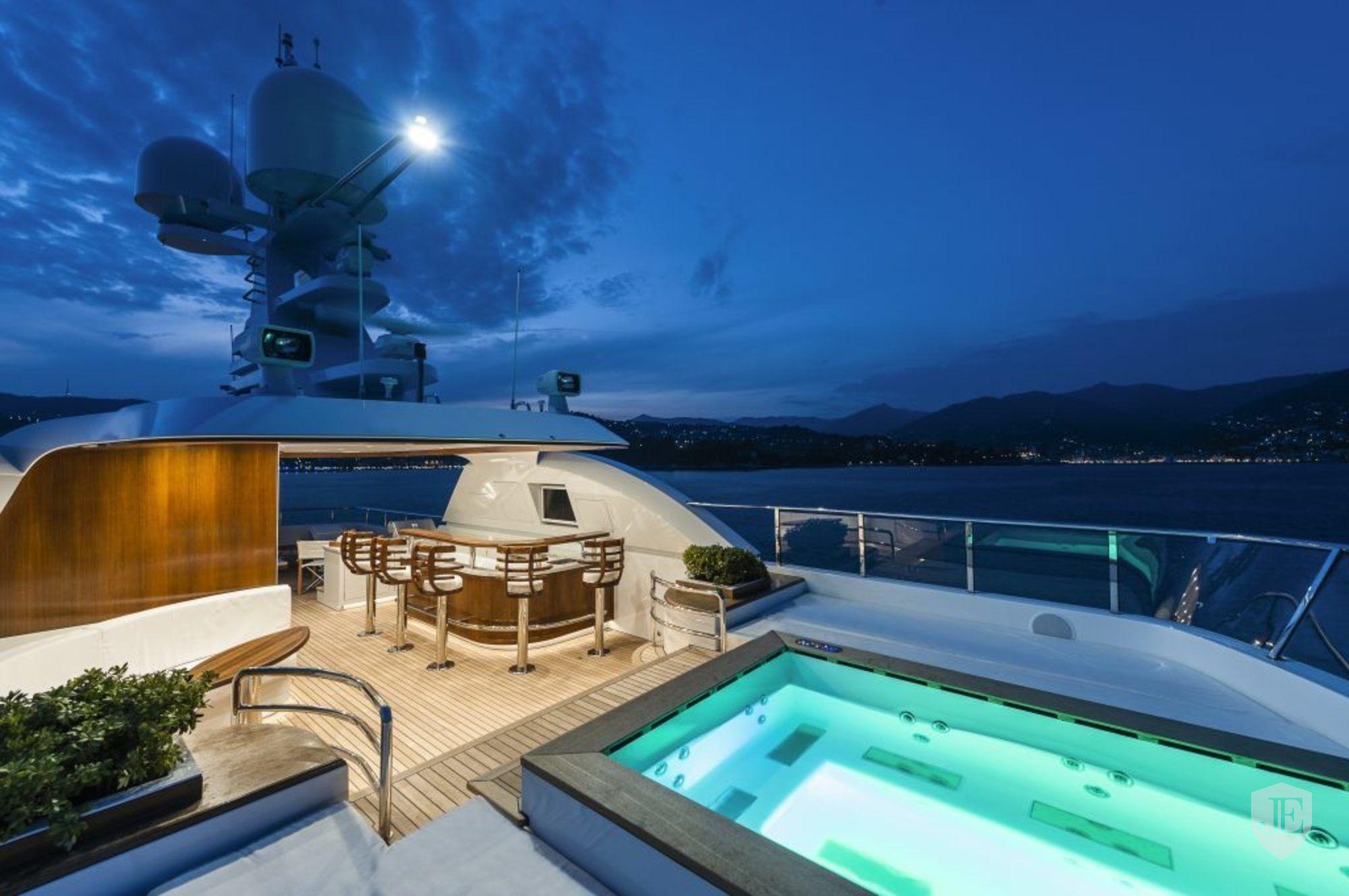 ATOMIC 147′ Sunrise Yachts 2014