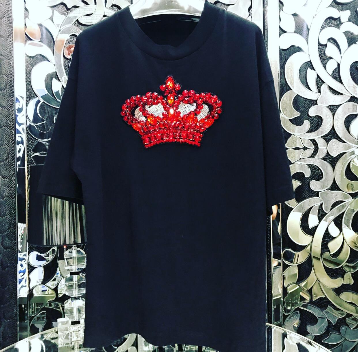 Velvet crown t-shirt