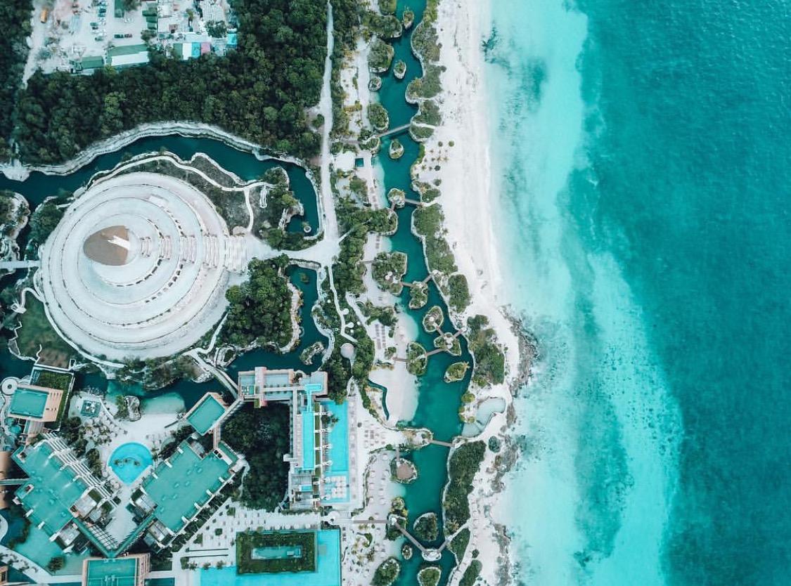 Hotel Xcaret: Mexicos majestic resort
