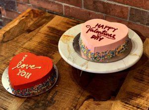 Custom Valentine day cake