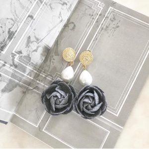 Flowers and pearl handmade earrings