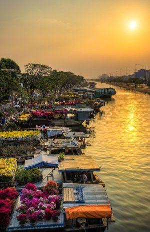 Floating flower market Vietnam