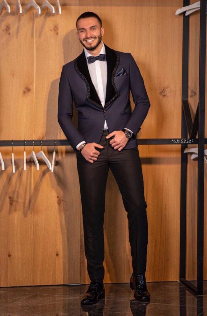 Dream big Men's Suit