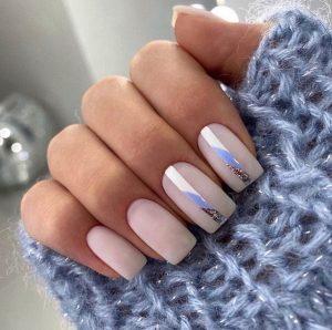 Luminous Press on Nails