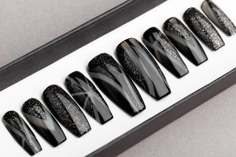 Eclipse with Glitters Press on Nails