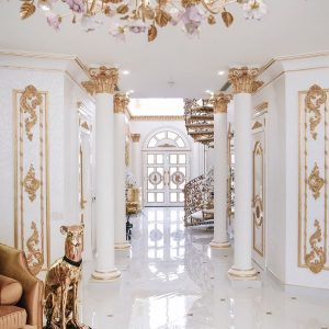 Inside a Ten Million Dollar Palm Jumeirah Dubai home