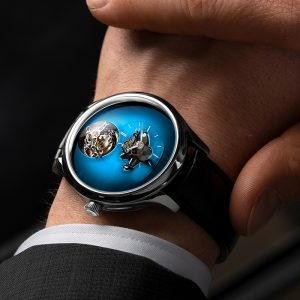 ENDEAVOUR CYLINDRICAL TOURBILLON H. MOSER × MB&F FUNKY BLUE WATCH