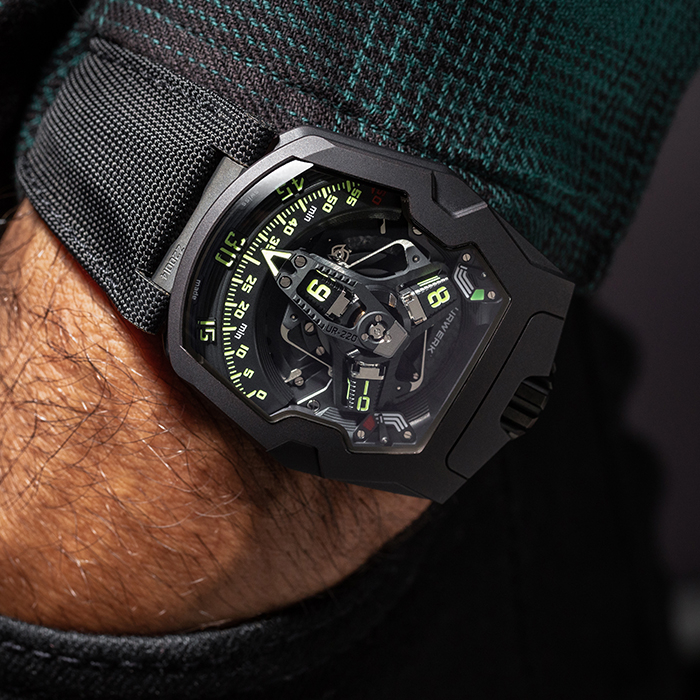 URWERK UR-220 FALCON PROJECT EDITION ALL BLACK WATCH