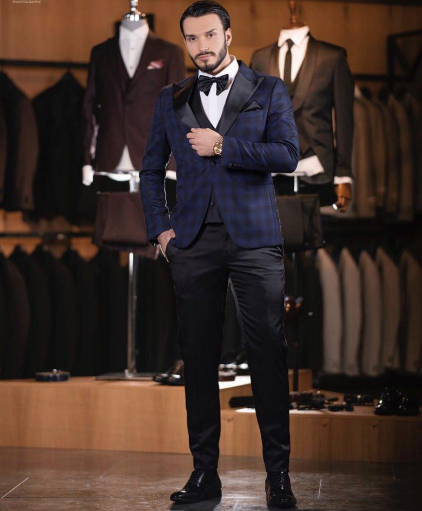 Checked Men's Fashion suit