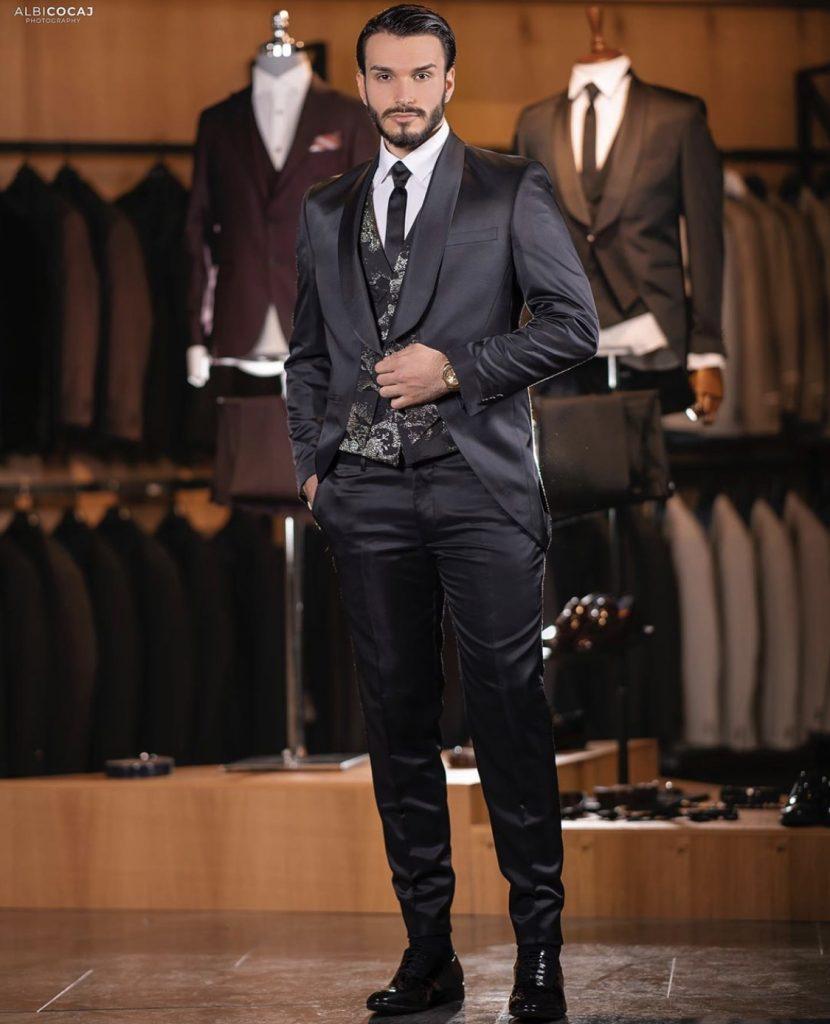 Brocade detail black Mens fashion suit