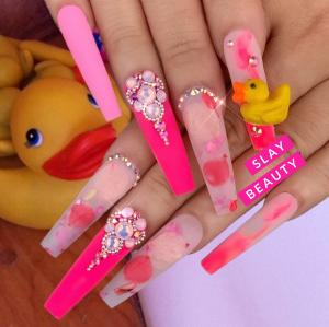 Luxury ultra extravagant pink mood Press on Nails