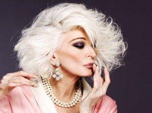 The most stylish sterling grey luxe wig