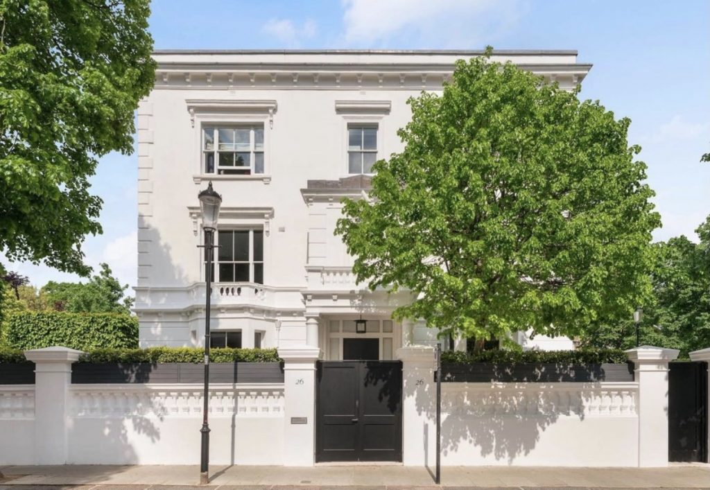 Tom Ford's former house in Chelsea FOR SALE