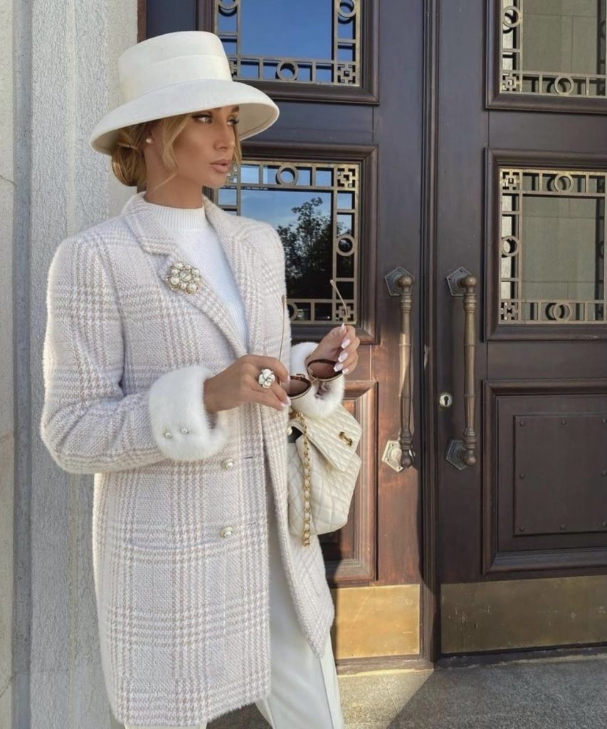 Victoria fox in an extremely posh stylish look