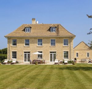 Stone house Oxfordshire Country House FOR SALE