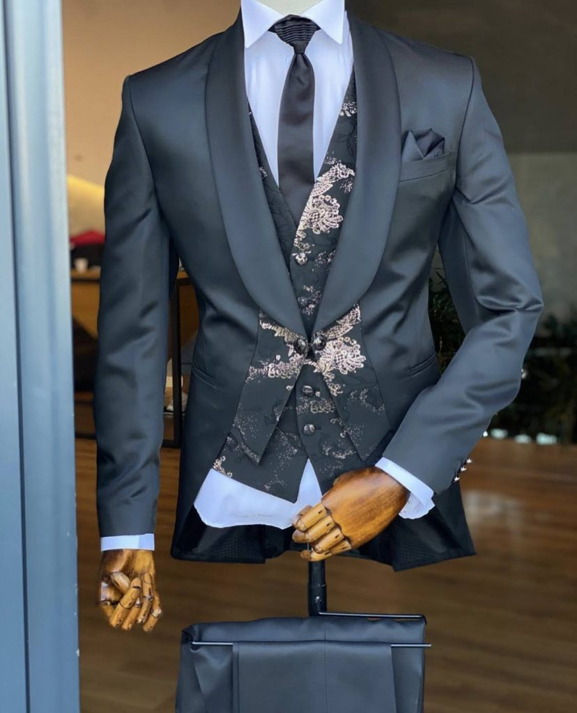 Major swag Men's fashion couture suit