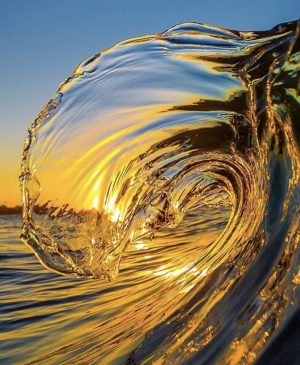 Worlds most mesmerizing water wave