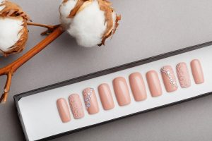 Luxury Beige Ornament Press on Nails