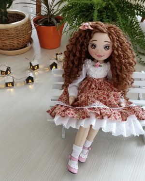 Luxe collectors couture doll